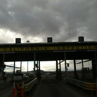 Photo taken at California Department of Food and Agriculture, Yermo Inspection Station by Renzo A. on 12/29/2012