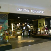 Photo taken at National Geographic Store by edwita cika h. on 1/21/2013