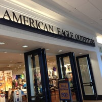 Photo taken at American Eagle Outfitters by Dawn on 4/29/2013