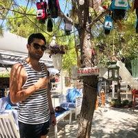 รูปภาพถ่ายที่ Noni's House โดย Süleyman A. เมื่อ 7/13/2018