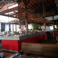 Photo taken at Restaurante Papa Capim by Marcelo M. on 4/9/2013