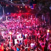 5/29/2013 tarihinde Toygar Y.ziyaretçi tarafından Club Areena'de çekilen fotoğraf
