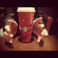 Снимок сделан в Starbucks пользователем Zosia K. 11/30/2012