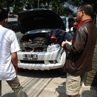Photo taken at Samsat Bandung Barat by Harimukti R. on 9/7/2013