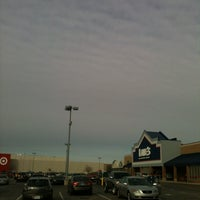 Photo taken at Lowe's Home Improvement by Monfreda on 1/20/2013