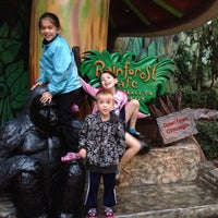 Photo taken at Rainforest Cafe by Zarina M. on 9/15/2013