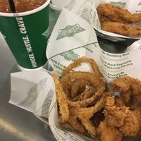 Photo taken at Wingstop by B ♡. on 3/13/2017