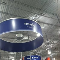 Photo taken at Best Buy by Gilbert S. on 12/28/2012