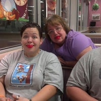 Photo taken at Braum's Ice Cream & Dairy Stores by Steve M. on 10/24/2012