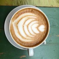 4/18/2018 tarihinde Abeer D.ziyaretçi tarafından Colectivo Coffee Roasters'de çekilen fotoğraf