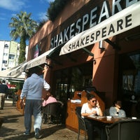 Photo taken at Shakespeare Coffee & Bistro by Ayse T. on 12/20/2012