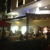 10/13/2012 tarihinde ! sametianoziyaretçi tarafından Del Moon Coffee & Food & Hookah'de çekilen fotoğraf