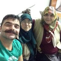 Photo taken at annesinin dizinin dibi by Berdush B. on 10/2/2015