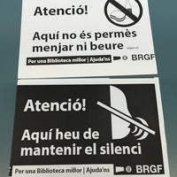 Foto tomada en Biblioteca Rector Gabriel Ferraté por Marco O. el 9/14/2015