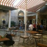 10/6/2012 tarihinde Murat Ç.ziyaretçi tarafından Caferağa Medresesi'de çekilen fotoğraf