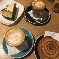 Foto scattata a 9Bar Coffee da Gábor N. il 2/4/2018