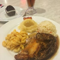 Photo taken at Kenny Rogers Roasters by Aizat A. on 9/2/2016