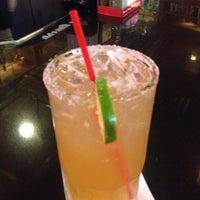 Foto tomada en La Parrilla Mexican Restaurant por Jenny D. el 11/7/2012