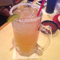 Foto tomada en La Parrilla Mexican Restaurant por Jenny D. el 7/12/2013