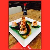 Foto tomada en Soto Asian Cuisine por Josy E. el 11/1/2014