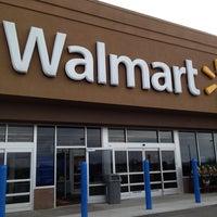 Photo taken at Walmart by Blas C. on 11/16/2012