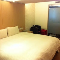 Photo taken at 新站旅店 NewStay Inn by Noni 施. on 3/21/2013