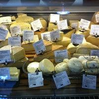 Снимок сделан в Beecher's Handmade Cheese пользователем Alex W. 1/3/2013