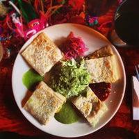 2/2/2013 tarihinde Way-Fan C.ziyaretçi tarafından Tacos Nuevo Mexico'de çekilen fotoğraf