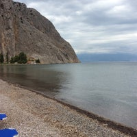 Photo taken at Παραλία Κρυονερίου by Roula L. on 7/31/2014
