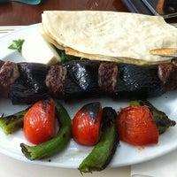 12/27/2012 tarihinde TC Onur K.ziyaretçi tarafından Kebabi Restaurant'de çekilen fotoğraf