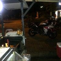 Photo taken at Burger De Nusa by MR|Wiwie on 2/12/2013