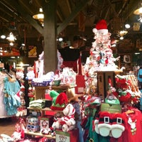 Photo taken at Cracker Barrel Old Country Store by Brooke W. on 9/30/2012