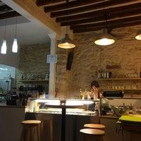 Foto tomada en Fast&Bio Organic Restaurant por Tirso M. el 9/27/2015