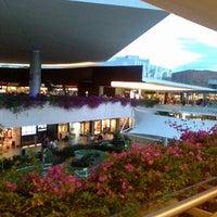 Foto tomada en Centro Comercial Andares por Jona's M. el 4/2/2013