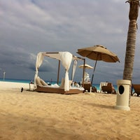 Foto tomada en Sunset Royal Beach Resort  por Pamela C. el 12/9/2012