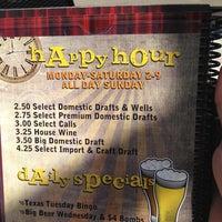 Foto tomada en Baker St. Pub & Grill por David T. el 5/10/2013