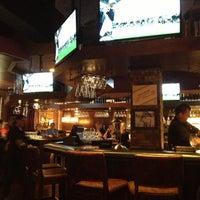 Foto diambil di Nona Blue Modern Tavern oleh Lynn M. pada 4/14/2013