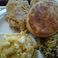 Photo taken at Bojangles' Famous Chicken 'n Biscuits by Bernell S. on 10/9/2012