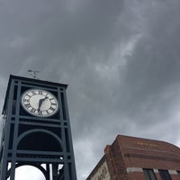 Photo taken at Macomb County Circuit Court by girl w0nder on 8/5/2013