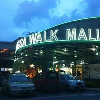 Photo taken at Wangsa Walk Mall by Faez Hafizie on 11/14/2012