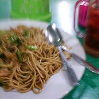 Photo taken at Mie Surabaya by pm h. on 10/25/2012