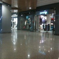 Foto scattata a Centro Commerciale La Romanina da Aida P. il 10/23/2012
