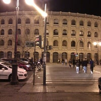 Foto tomada en Plaça de Bous de València | Plaza de Toros de Valencia por Саша З. el 11/22/2012