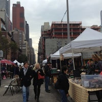 Photo taken at Hell's Kitchen Flea Market by Mandi on 11/10/2012