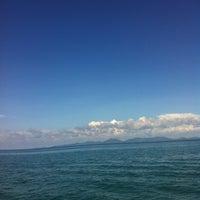 Photo taken at กลางทะเล อันดามัน by Pinno M. on 5/2/2013