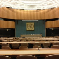 Снимок сделан в UNECE Geneva пользователем Cassie V. 1/18/2013