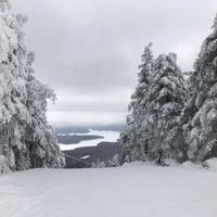 Photo taken at Mount Snow Summit Lodge by Oscar C. on 2/3/2017