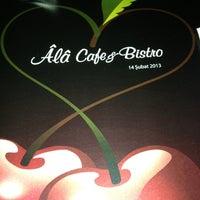 2/14/2013 tarihinde cacar t.ziyaretçi tarafından Âlâ Cafe & Bistro'de çekilen fotoğraf