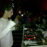 Photo taken at Cheio de Graça Lounge Bar by Jota H. on 5/17/2013