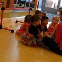 4/26/2013 tarihinde Erika E.ziyaretçi tarafından Bella Ballerina'de çekilen fotoğraf